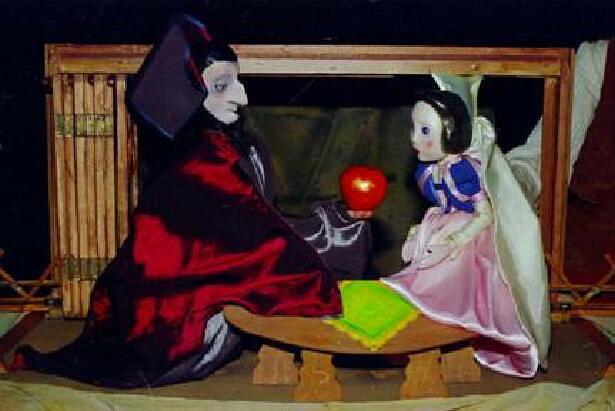 MMシアター  グリム童話「白雪姫」