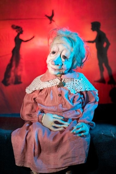 Puppet Theatre Centre Buoy『Ophelia and The Theatre of Shadows』