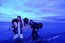 ダニーと紺碧の海