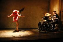 ドラムとダンスの為の定点観測