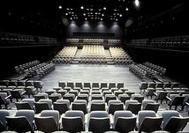 新国立劇場 小劇場 THE PIT