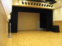 台東区谷中区民館・多目的ホール