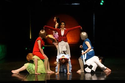 第4回公演「眠れぬ森のアリス」3