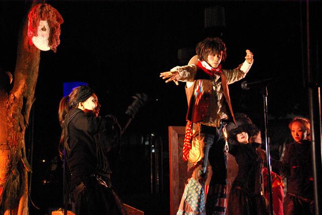 福岡・中州にて野外公演