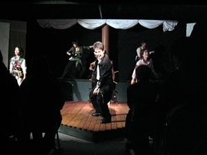シャムナム団の風 舞台写真