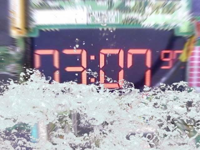水没する時限装置(爆発まであと3分)