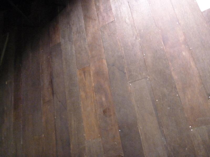 舞台(床)