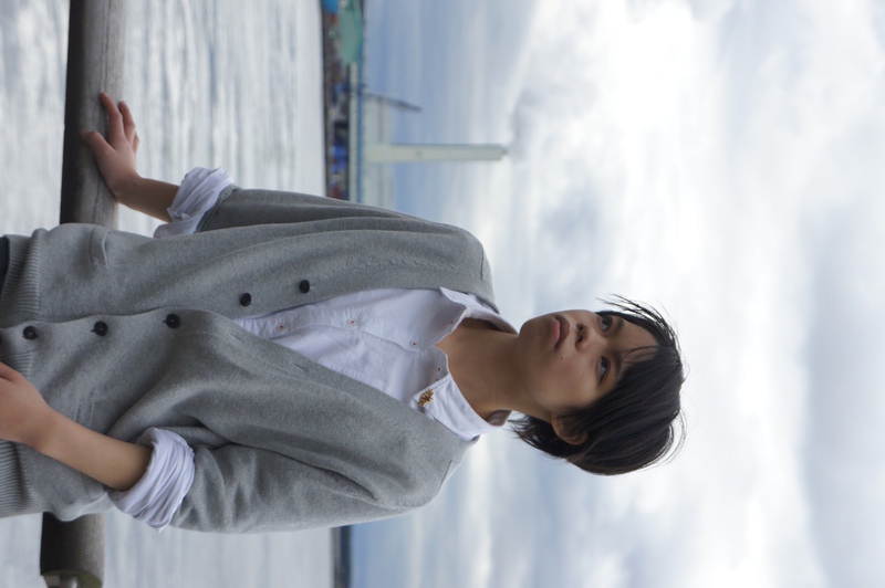 海で待つ男2