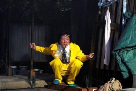 「難民X」舞台写真
