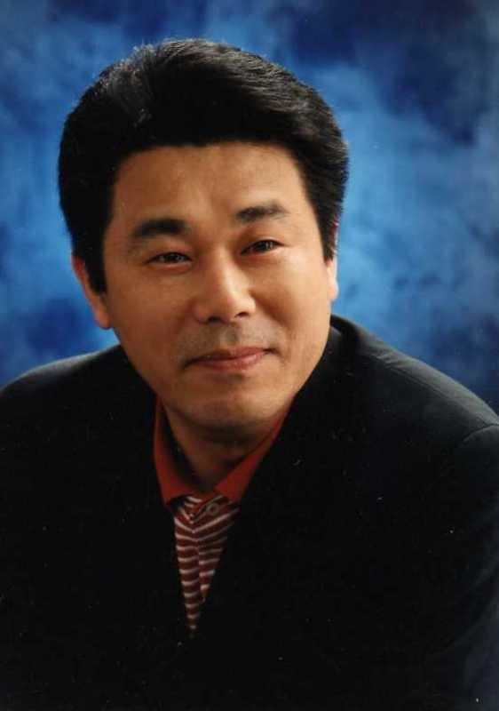 劇団代表 チェ・ウォンヨン