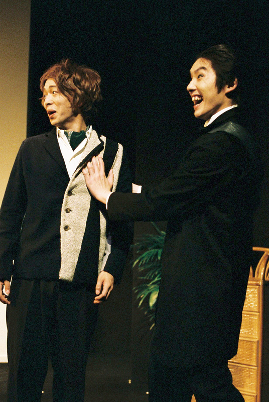 マシュー(村田洋二郎)とパーカー(岩崎大輔)「ONLY SILVER FISH」