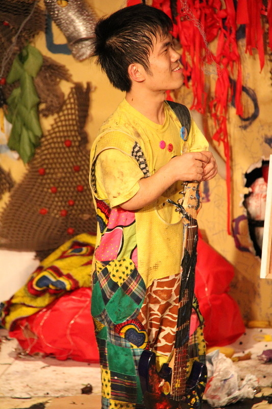 に捧げる演劇儀式