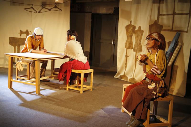 3人の「さよならの絲(いと)」舞台風景1