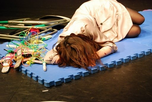 岡田あがさ一人芝居「ワタシガタリ」舞台写真15