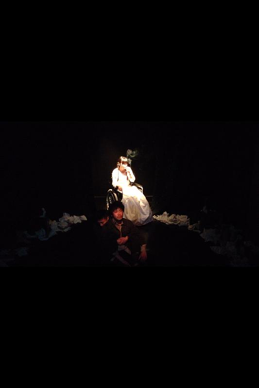 抱擁ワルツの舞台写真