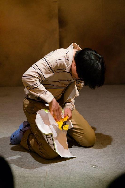 第二回本公演「あの人の頭の中に咲いた花の名前を僕たちはまだ知らない」01