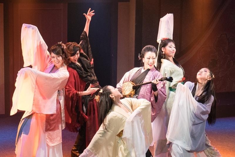「花喰-ハナグイ-」ステージ写真