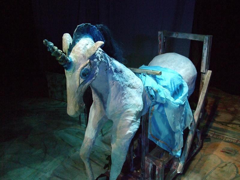 「リンデンバウム~回転木馬の柩~」の木馬