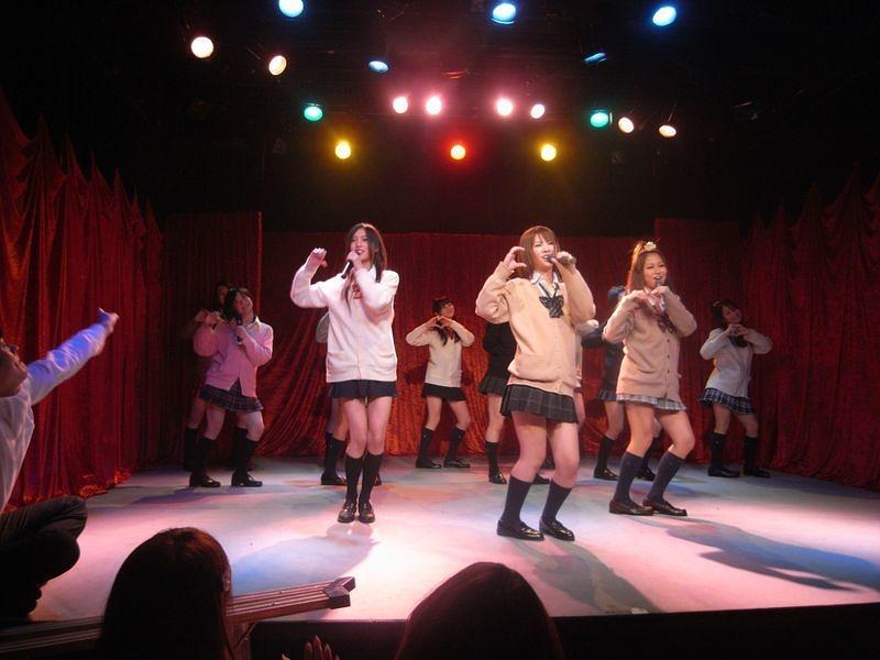 Vol.04 アイドルが歌って踊る03
