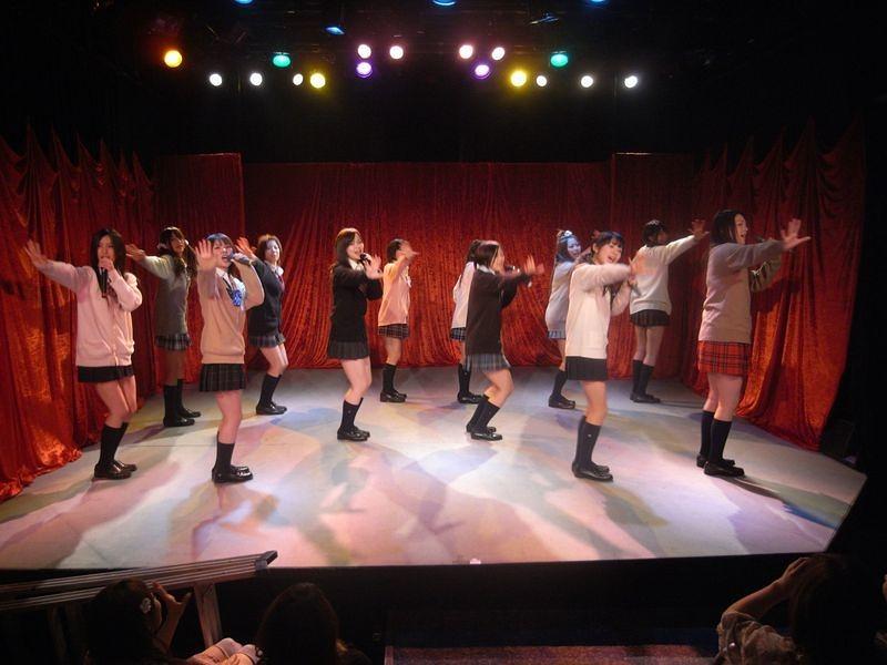 Vol.04 アイドルが歌って踊る04