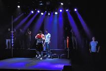 第9回公演「ゴング」より