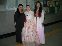 韓国ヘウンデ文化会館にて