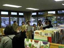 東松島図書館にて。
