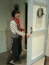 下手・玄関ドア