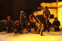 過去舞台写真「傭兵ども!砂漠を走れ!-サバンナ&オアシス-」④