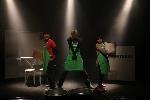 『アラウンダワールド』舞台写真2