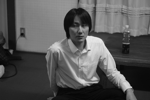 プレ旗揚げ公演『エンブレイス・オア・キル』より