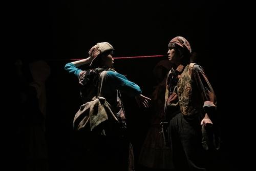「紡ぎ屋カラムと紅い糸」