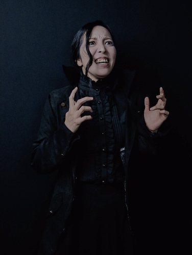 土肥亜由美/ヒエロニモの妻 ダニエラ