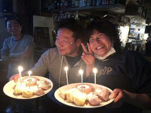 お誕生日ー!!