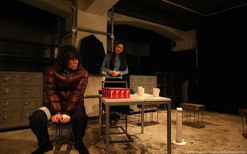 『死んだ赤鬼』舞台写真