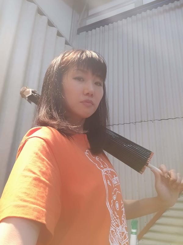 青木玖璃子